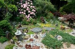 the frontyard garden